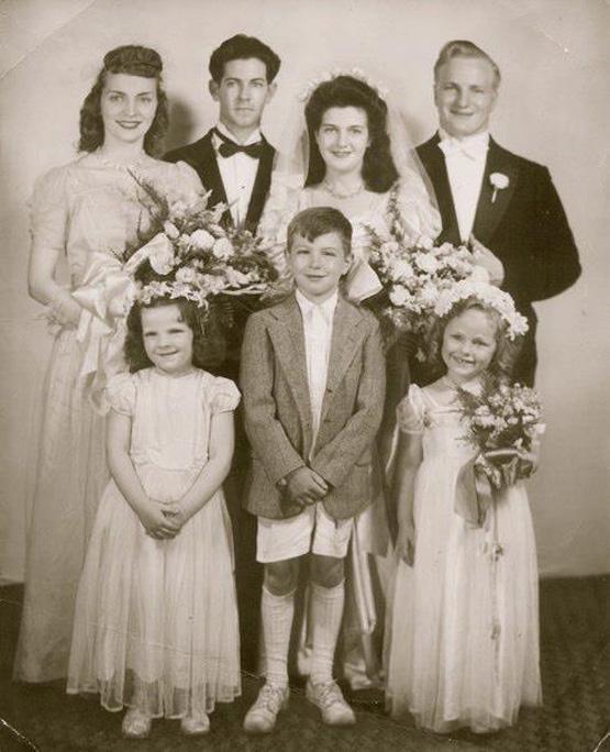 vintage wedding party_andreadozier.com